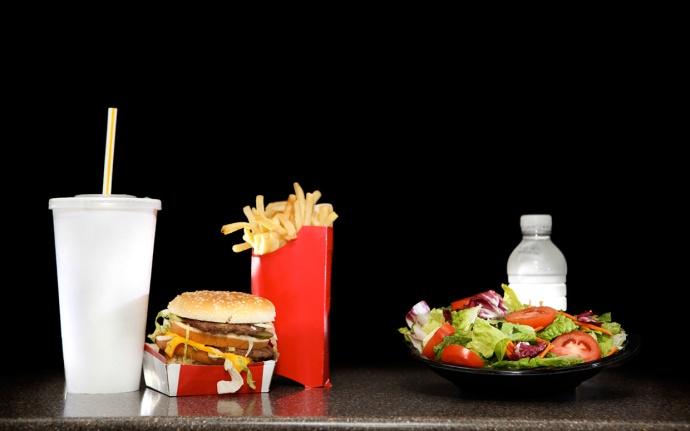 healthy-vs-junk-food-ftr